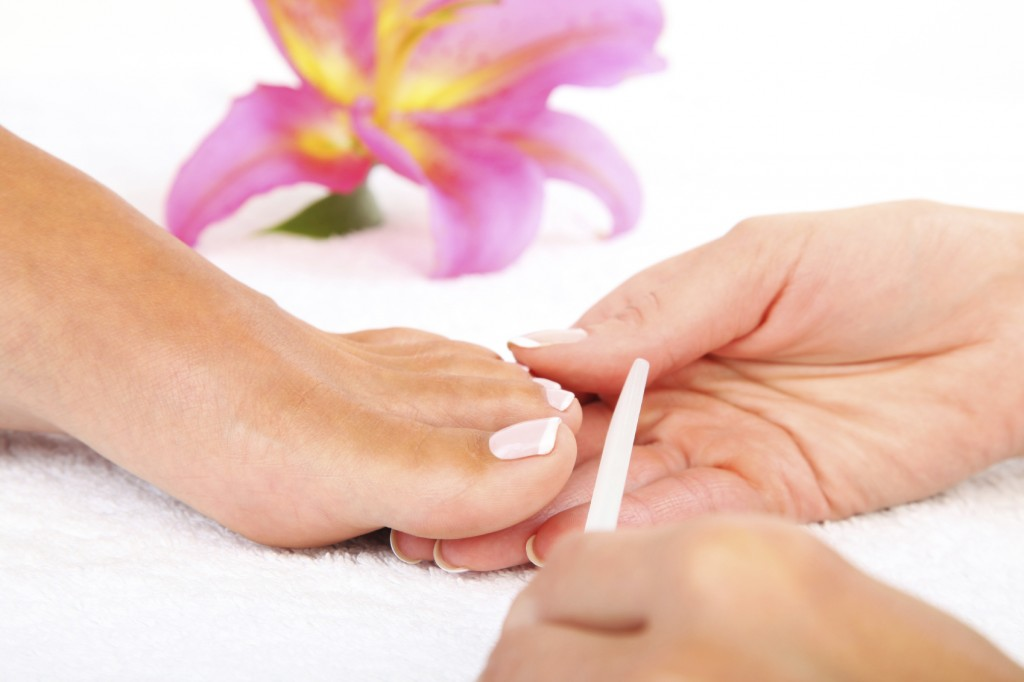 Como curar las uñas fukortsinom